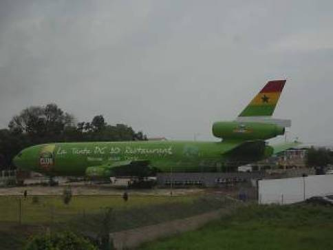 La Tante DC-10