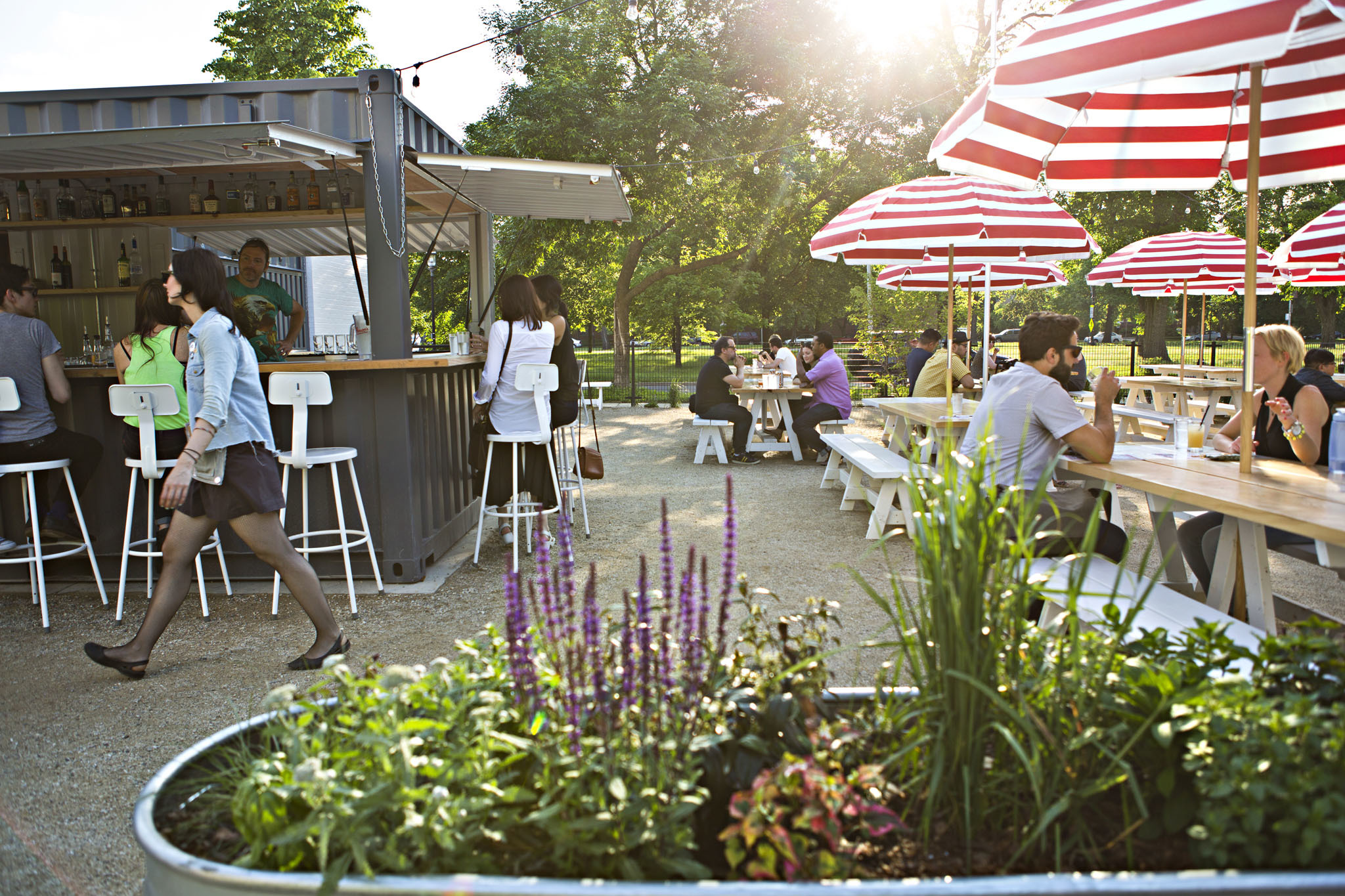 18 Best Outdoor Restaurants, Patios and Cafes in Chicago on Backyard Landscape Designers Near Me  id=94097