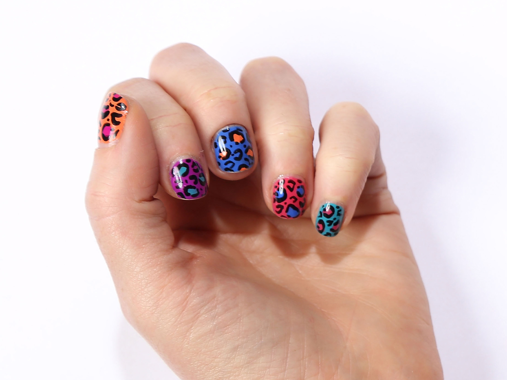 If You Want What All The Cool S Are Getting Try Trophy Wife Nail Art