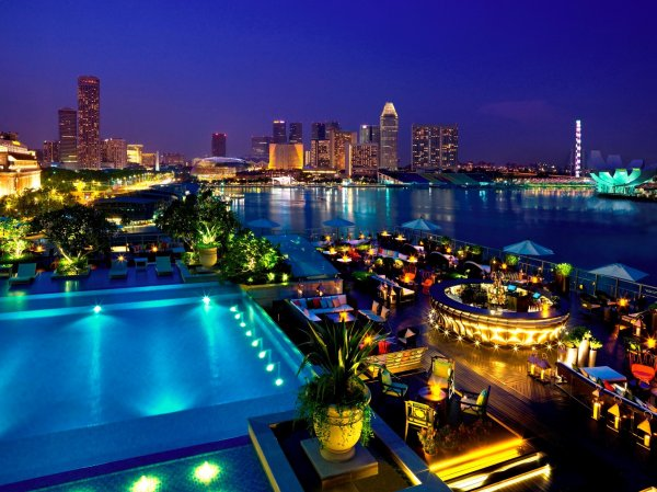 15 Best Rooftop Bars in Singapore