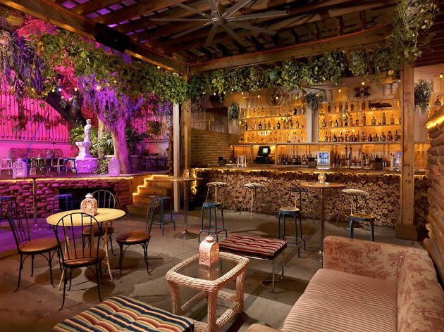 Best Bars In Wynwood For Cheap Beer And Craft Cocktails