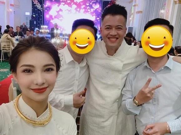 Lưu Đê Ly cùng chồng bí mật tổ chức đám cưới giản dị 3
