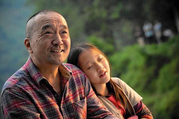 """Không thể tin """"Tể tướng Lưu Gù"""" một thời - Lý Bảo Điền giờ đây lại phong độ như này 4"""