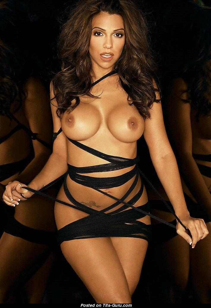 Vida Guerra Nude 🌶️ 13 Pics of Hot Naked Boobs