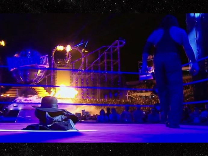The Undertaker leaves the ring at Wrestlemania 33