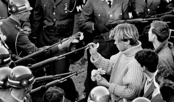 Bernie Boston, culture, war, Toby Elwin
