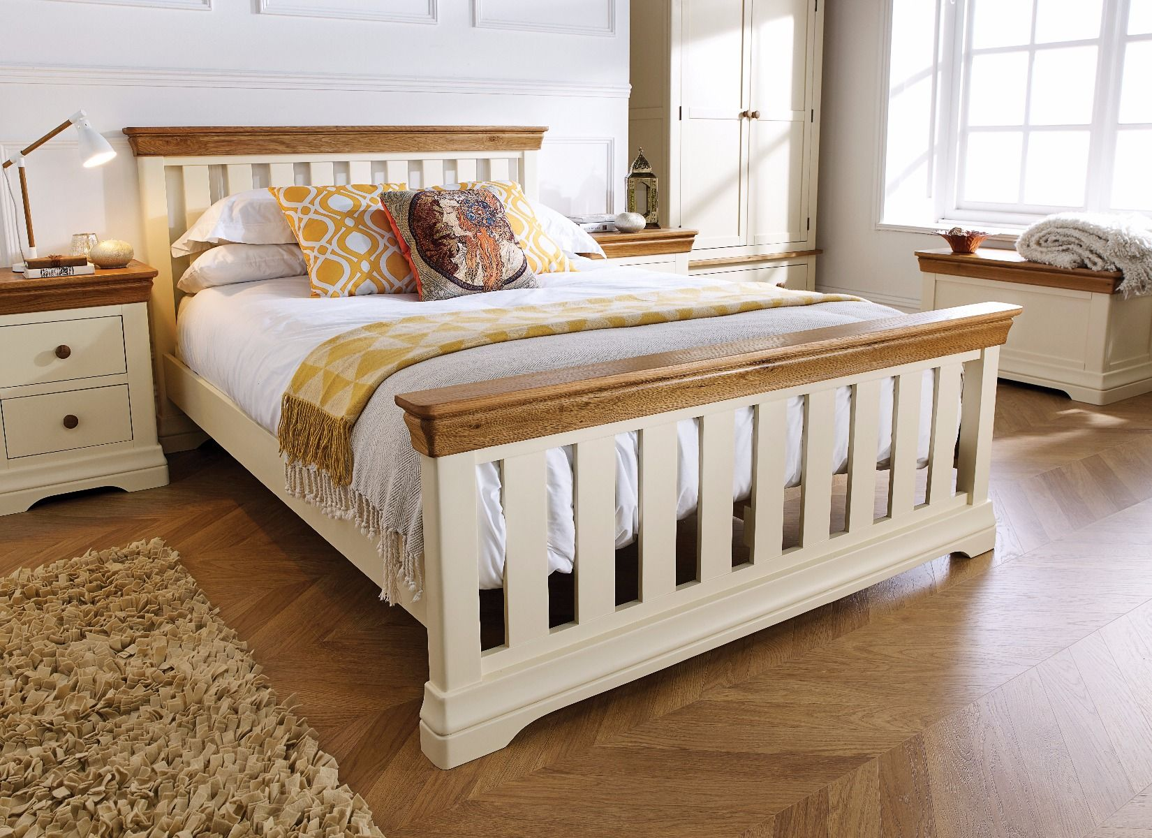 farmhouse country oak cream painted slatted 5 foot king size bed