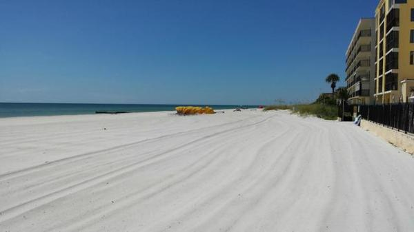 Shoreline Island Resort (Madeira Beach, FL) - Resort ...