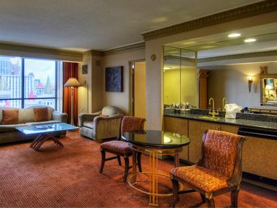 Luxor 2 Bedroom Suite Las Vegas