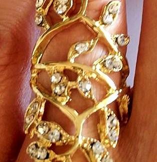 The Diamond Leaf Ring
