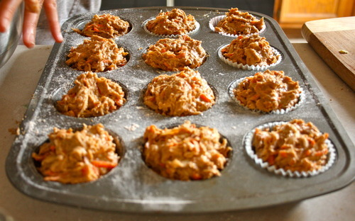 Apple Carrot & Ginger Spelt Muffins | Veganizzm: The Nuts and Oats of ...