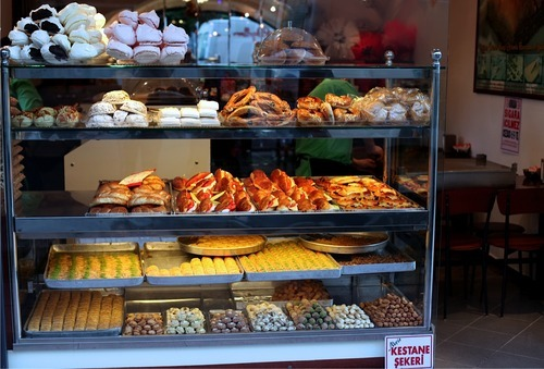 snapshot of a bakery in Istanbul, taken in July