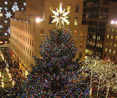Swarovski Star Atop the Rockefeller Plaza... | The Daily ...