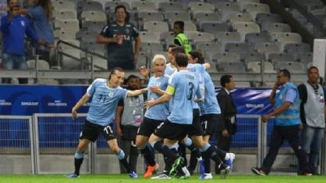 Abreu ya piensa en el futuro: 'No escapa a mis sueños dirigir a Uruguay'
