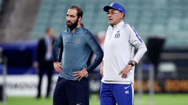 Maurizio Sarri se refirió a la posible salida de Gonzalo Higuaín de la Juventus