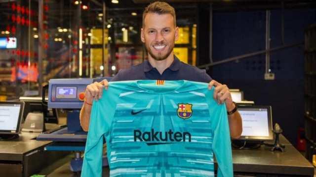 Barcelona presentó a Neto, el nuevo compañero de Messi