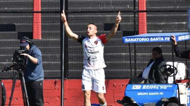 Patronato venció a Colón en el arranque de la Superliga