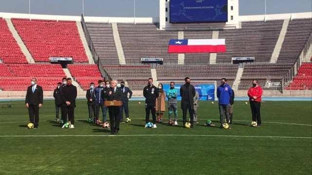 Piñera anunció el retorno del fútbol chileno