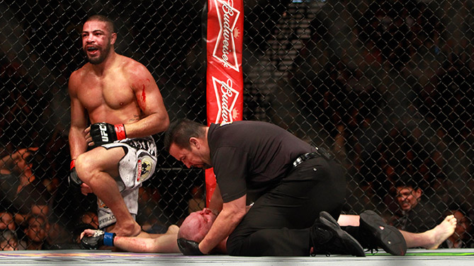 <a href='../fighter/Thales-Leites'>Thales Leites</a> defeats <a href='../fighter/Tim-Boetsch'>Tim Boetsch</a> by submission second round of their bout during UFC 183 on January 31, 2015 in Las Vegas, NV. (Photo by Steve Marcus/Getty Images)