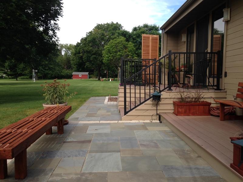 Limestone step with Bluestone Patio
