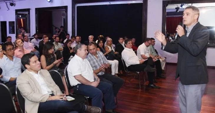 Evento. Yan Speranza abrió el panel sobre perspectivas sociales