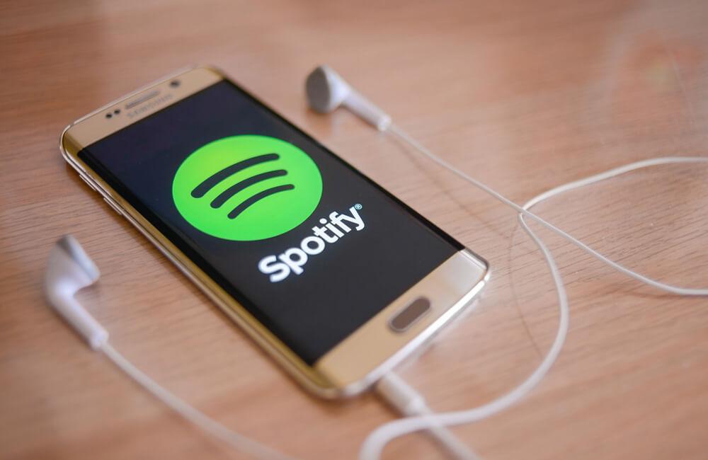 Spotify © norazminayob / Shutterstock.com