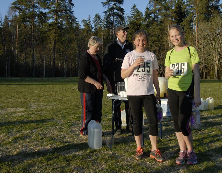 Tvåa i mål Sara Christensson och trean Hanna Berghem.