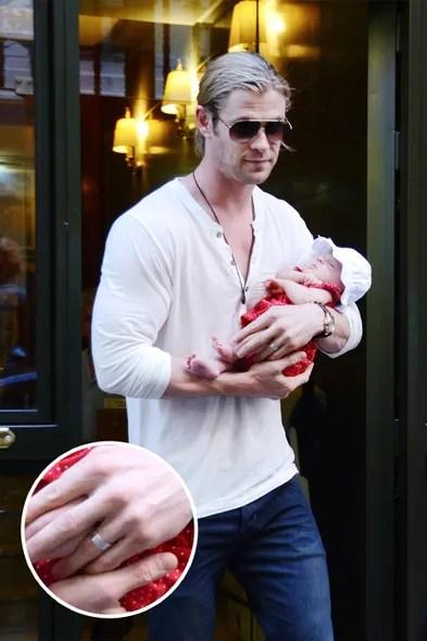 Ryan Reynolds Chris Hemsworth And More Male Stars Whose