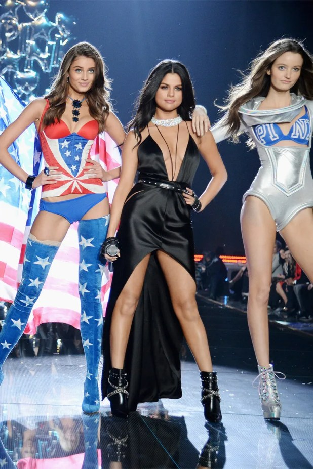 Performing at the Victoria's Secret Fashion Show (November 2015)