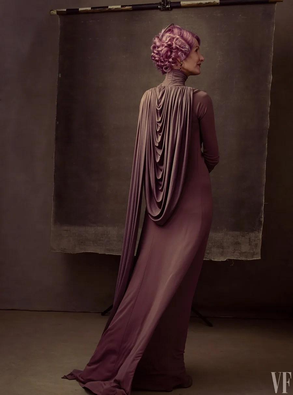 Laura Dern interprète la Vice-Amirale Amylin Holdo dans Les Derniers Jedi