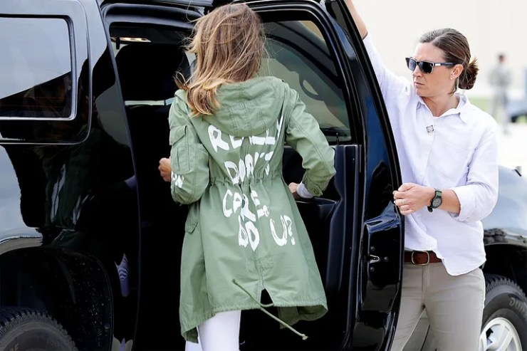 """Melania Trump wears a jacket that says """"I really don't care, do you?"""""""