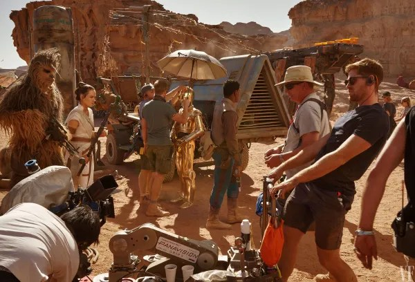 Joonas Suotamo Ridley Anthony Daniels and John Boyega on set in Jordan.