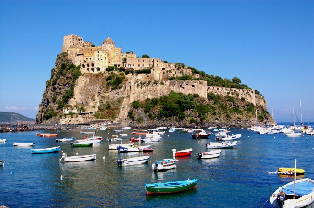 ö i Europa, öar i Europa, ö i Italien, öar i Italien, resa till Italien, resor till Italien, Neapel