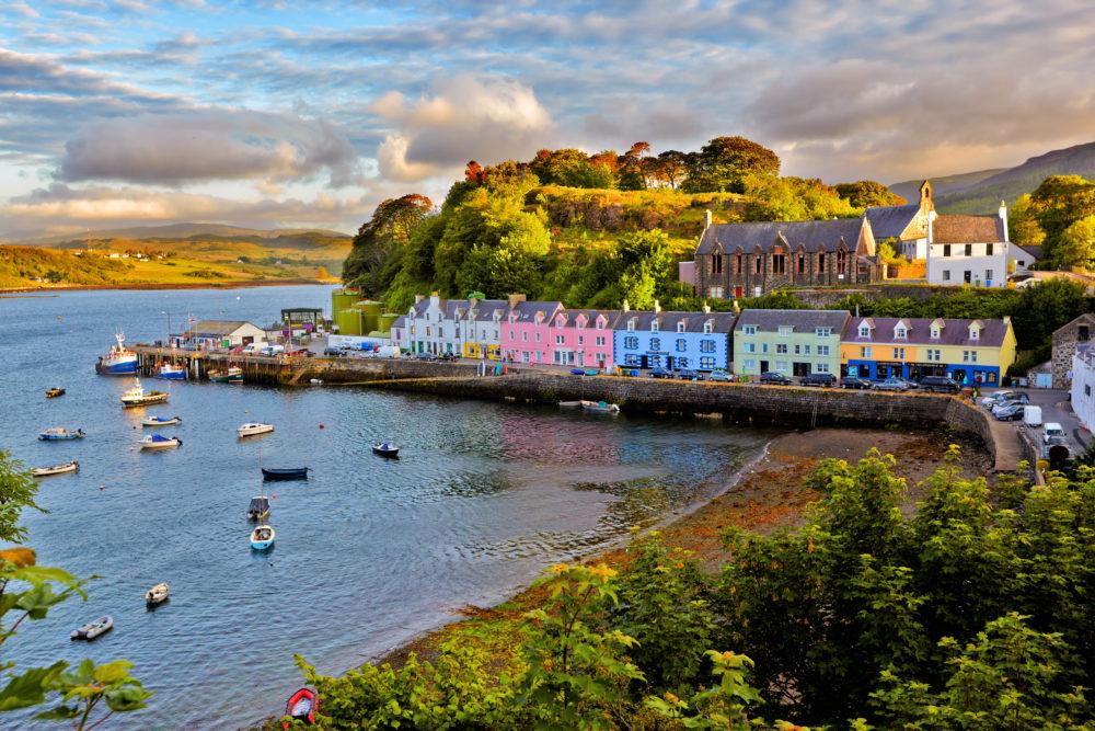 världens öar, Skye, ö i Skottland, ö i Storbritannien, öar i Skottland, öar i Storbritannien, staden Portee