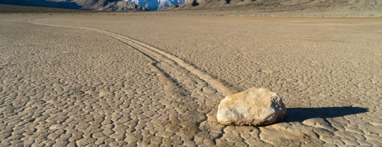 märkliga naturfenomen, konstiga naturfenomen, Death Valley National Park, nationalparker i USA, Mojaveöknen, resa till Nevada, resa till Kalifornien, nationalparker i Kalifornien, nationalparker i Nevada, Vandra stenarna, sailing stones, sliding stones