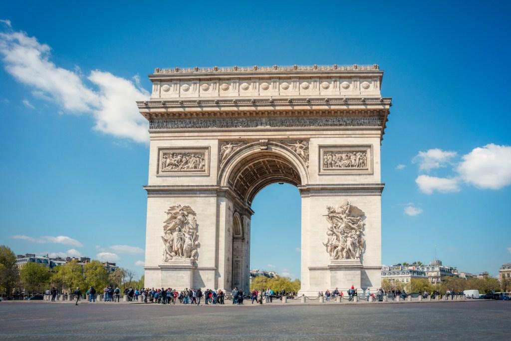 Triumfbågen i Paris, sevärdheter i Paris, resa till Paris