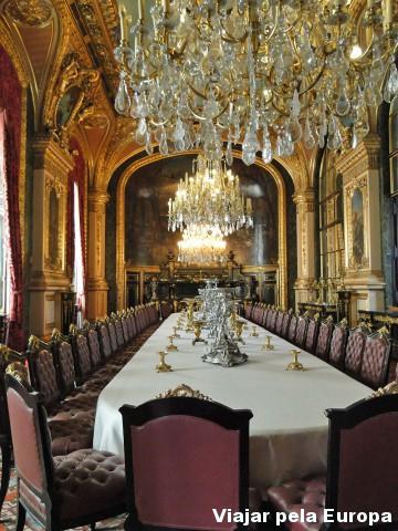 Casa de Napoleão no Louvre