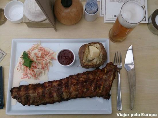 Barbecue ribs no Restaurante Hereford Steak.