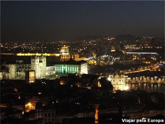 Vista da Torre dos Clerigos, Porto.