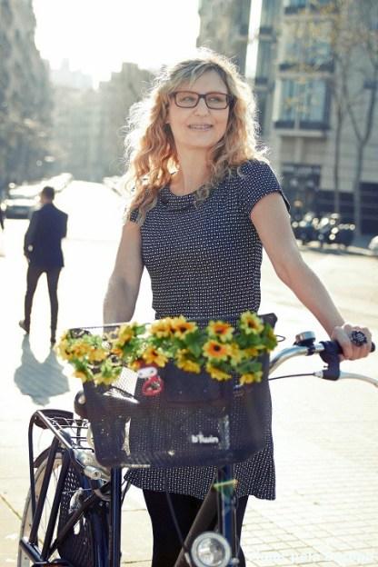Cristina Rosa e sua bike em Barcelona.
