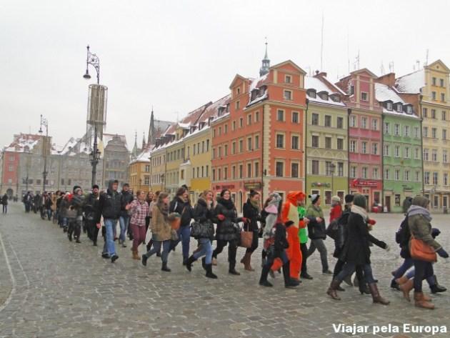 Desfile de alguma coisa na Praça Central