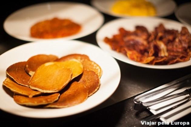 Quem por aí também ama café da manhã de hotel?