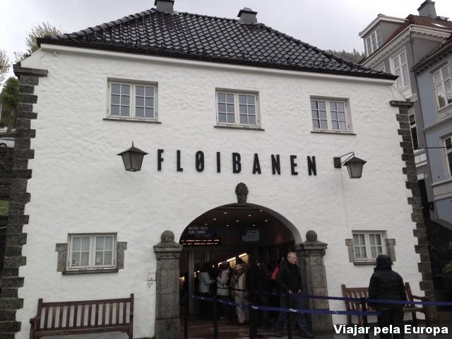 A entrada para o funicular do Monte Floyen em Bergen.