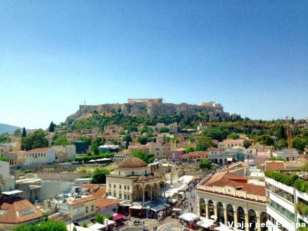 Vista do A for Athens para a Acrópole.