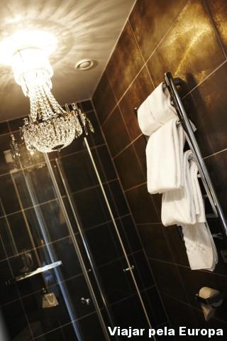 A decoração do banheiro no Hotel Huskvarna também é um charme!