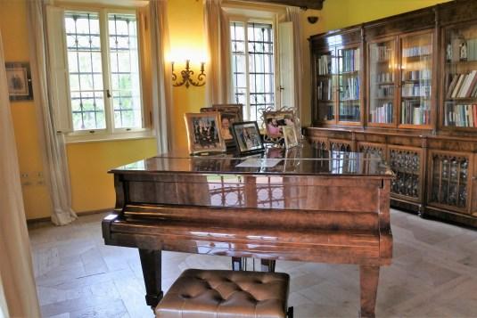 bologna-italia-pavarottis-house-piano
