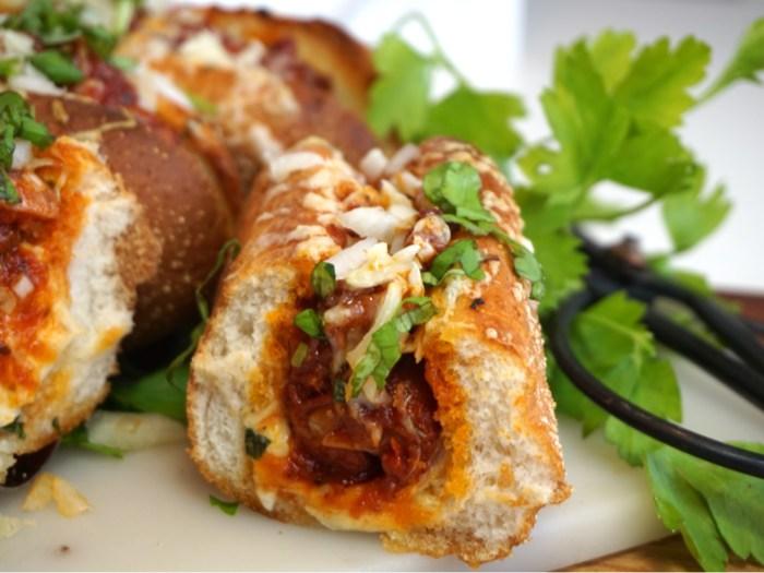 Italiensk salsicciasmörgås med vitlökssmör