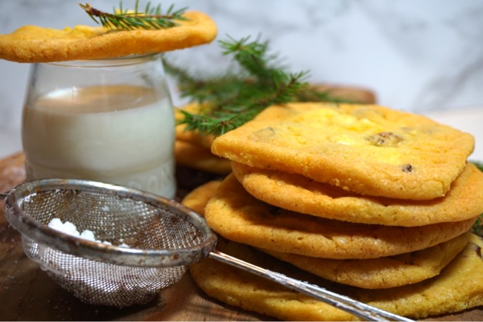 Saffranscookies med russin och vitchoklad
