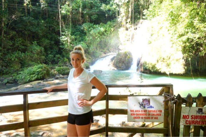 Jamaica- krokodiler och vattenfall