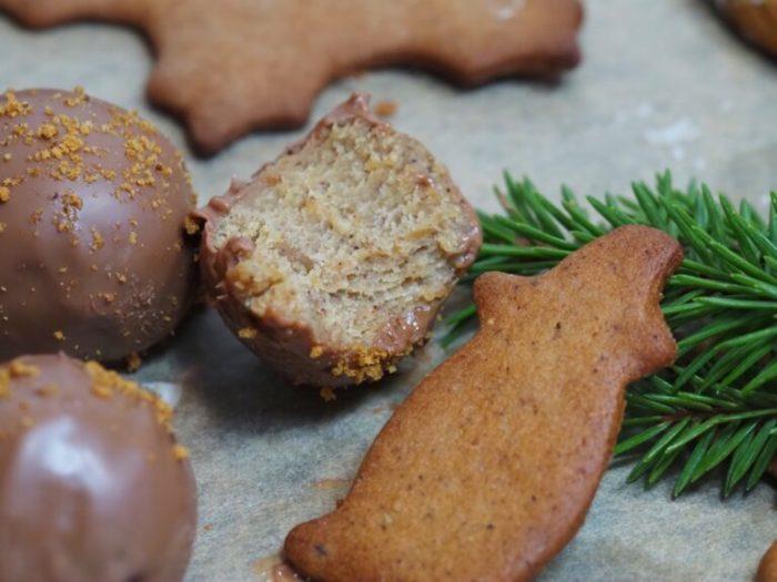 Pepparkaksdeg bollar med choklad